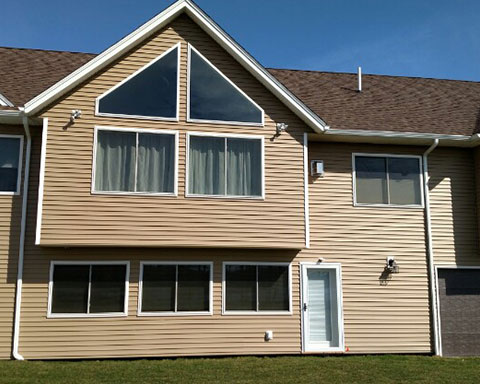 Top Notch Vinyl Siding Roofing Project 1